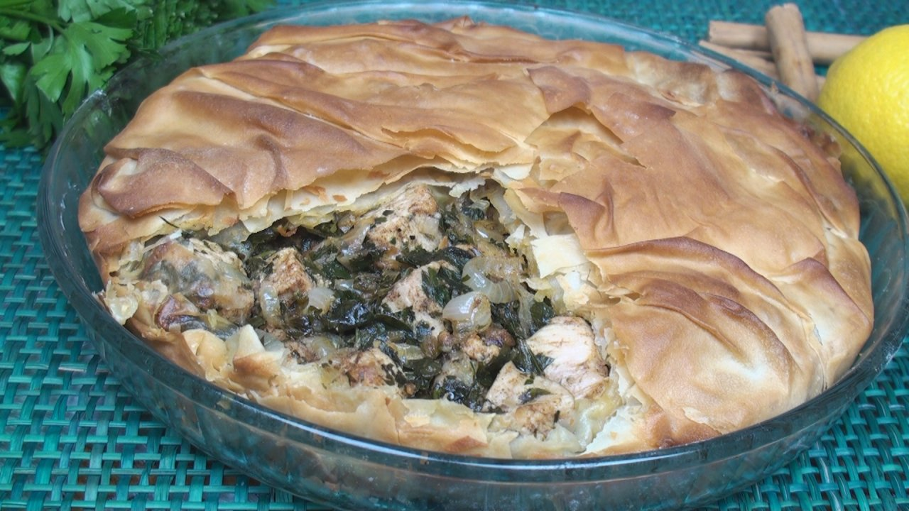 Moroccan Chicken Pie Recipe (Bestilla)