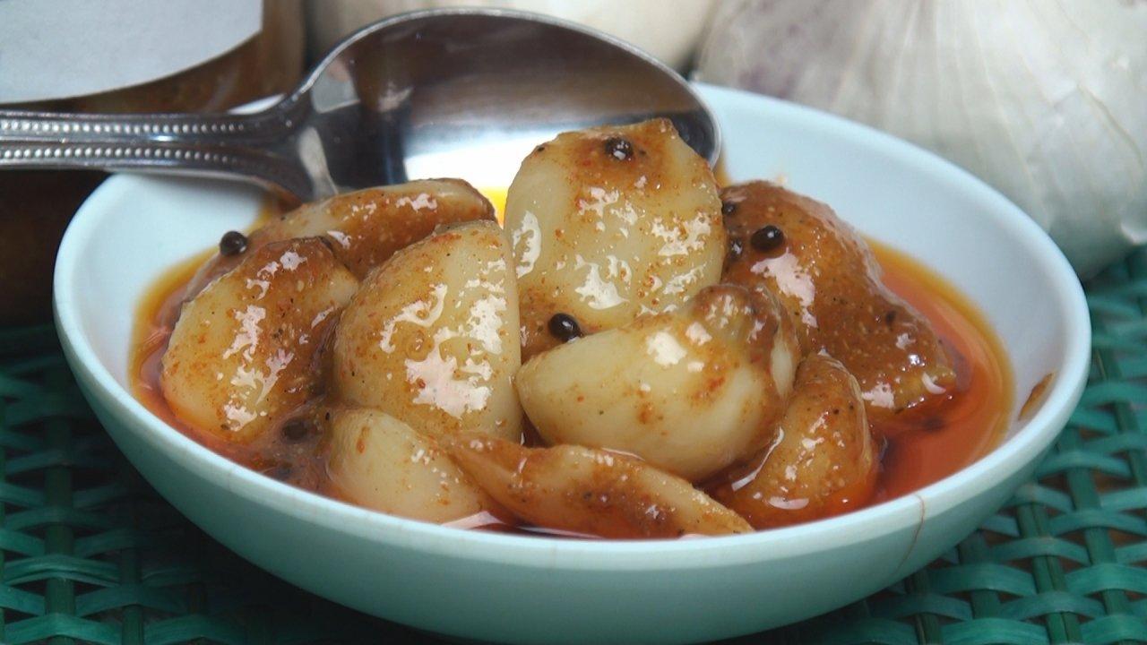 Spicy Garlic Pickle