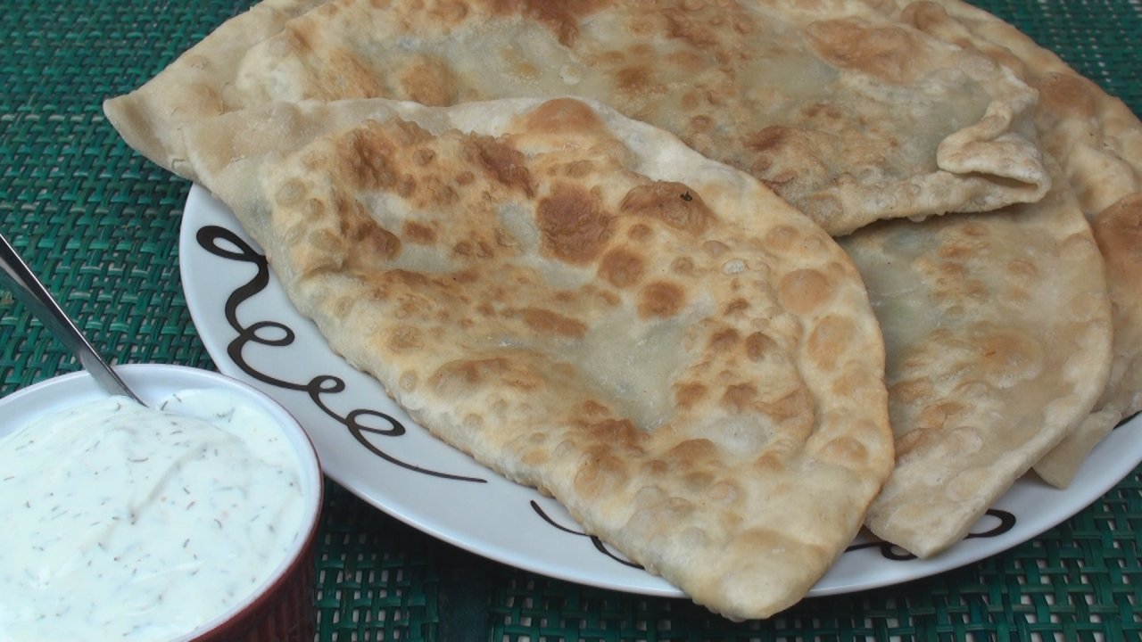Bolani with Yoghurt Dip