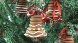 Gingerbread Bells