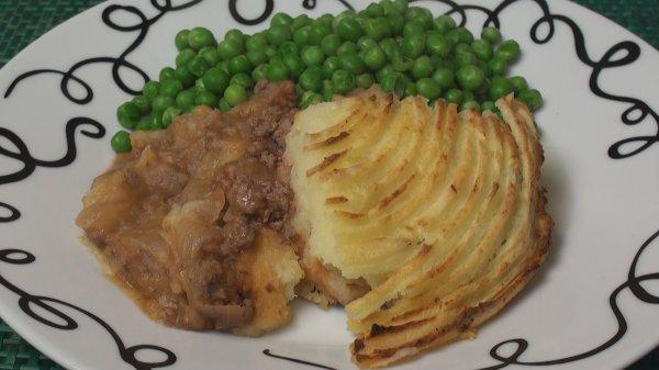 Shepherd's Pie (or Cottage Pie)