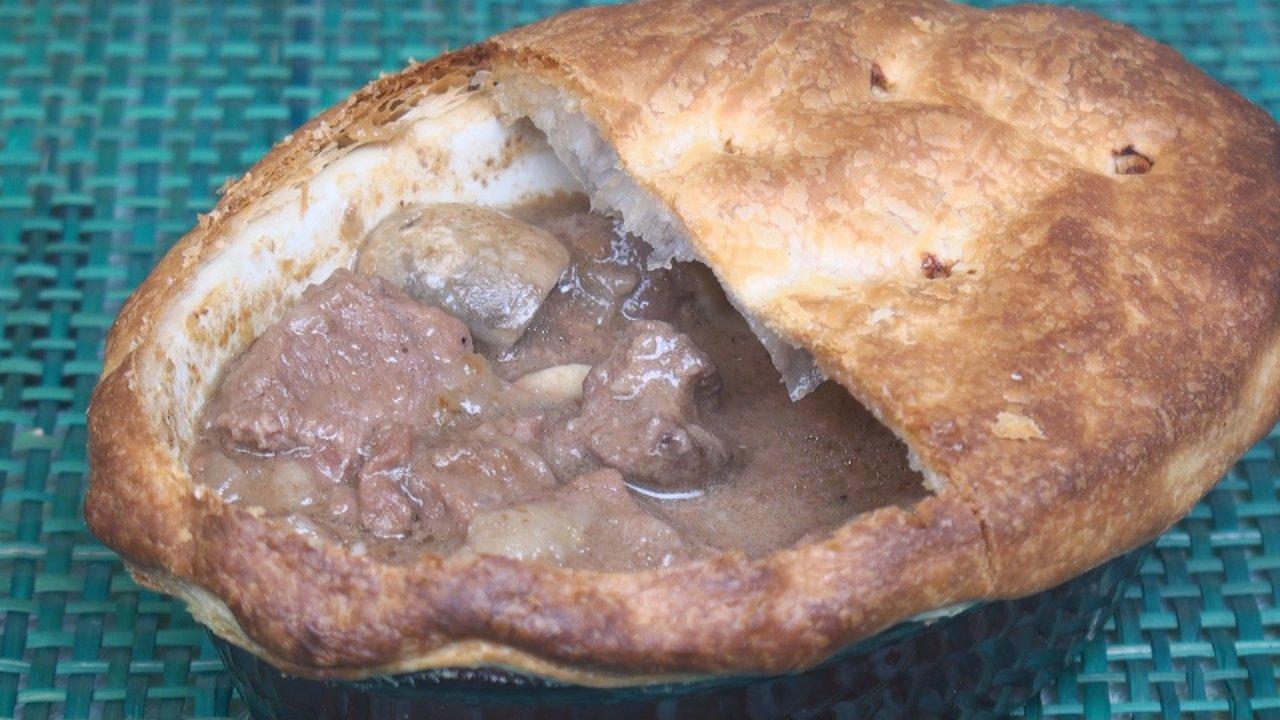 Steak & Kidney Pie (With Mushrooms)