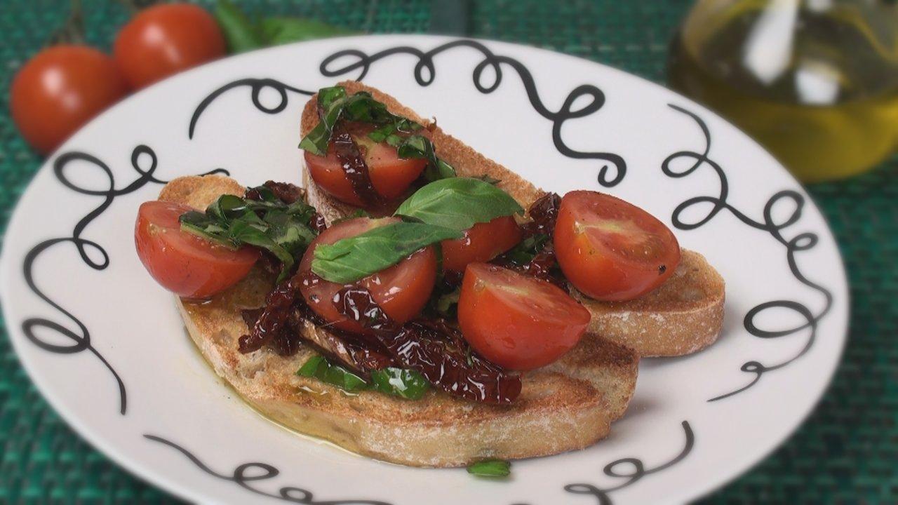 Bruschetta Recipe with Tomato & Basil
