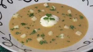 Roast Pumpkin and Garlic Soup
